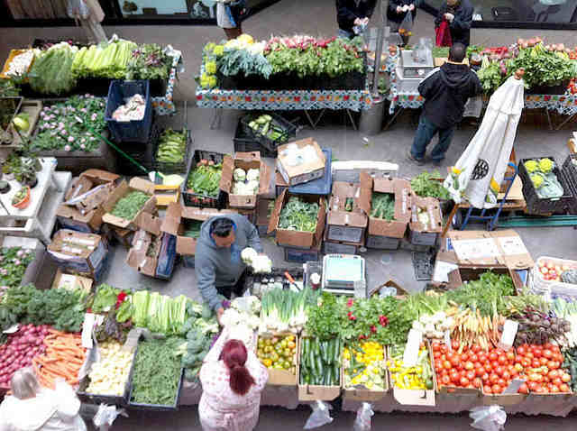 Crocker Galleria Farmers Market
