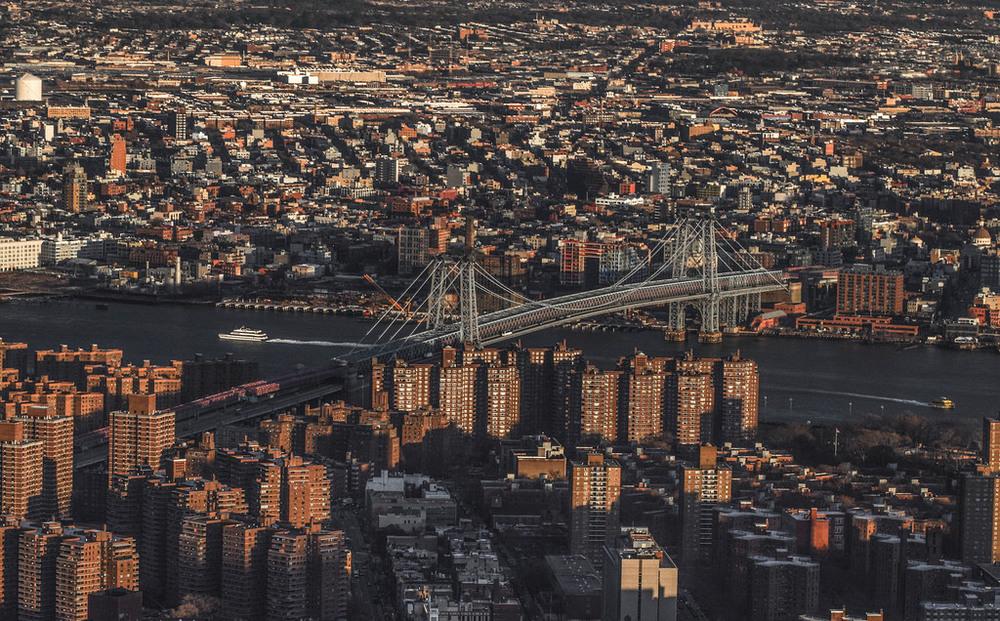 Between Brooklyn and Manhattan